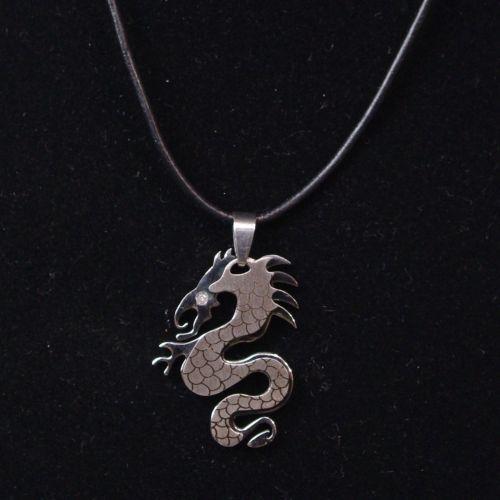 Collier en cuir pendentif dragon ARGENT