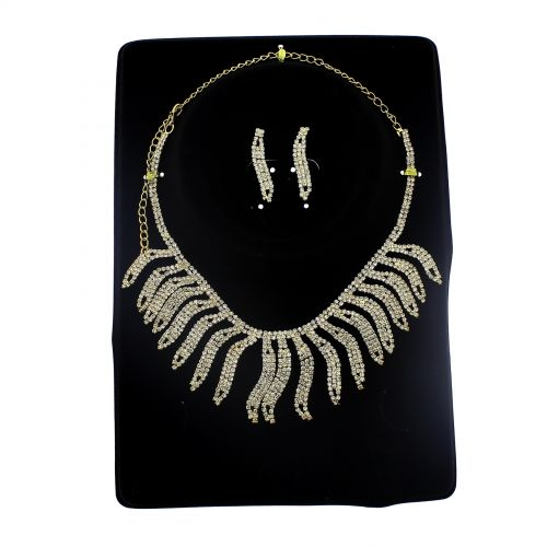 Parrure Necklace and Earrings Aalyah