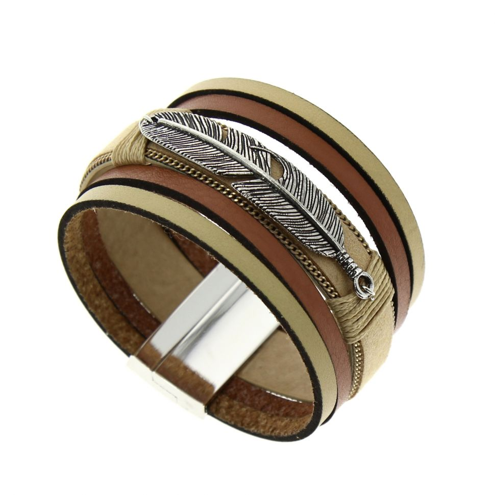 bracelet manchette cuir cassidy. Black Bedroom Furniture Sets. Home Design Ideas