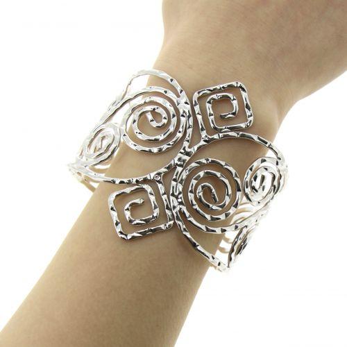 JOLIE metal cuff bracelet